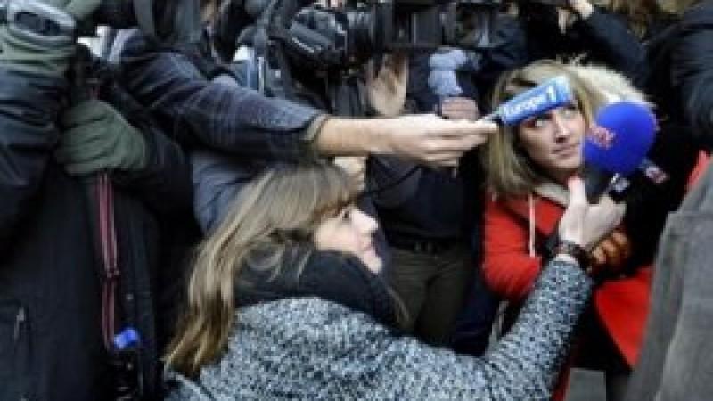 01. Francia: 40 periodistas firman un manifiesto contra el acoso sexual que reciben